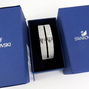 New In Box Swarovski crystal Distinct Bangle M